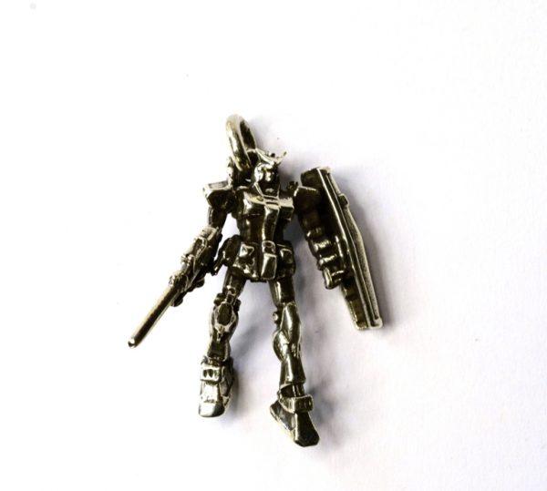 PANDANTIV ROBOT INARMAT ARGINT 925‰